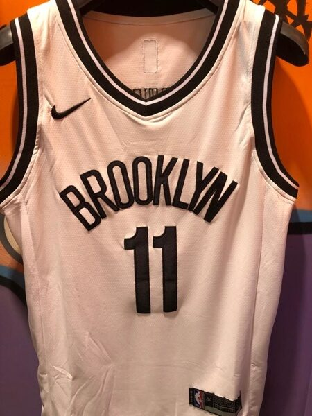 Джерси Brooklyn Irving white